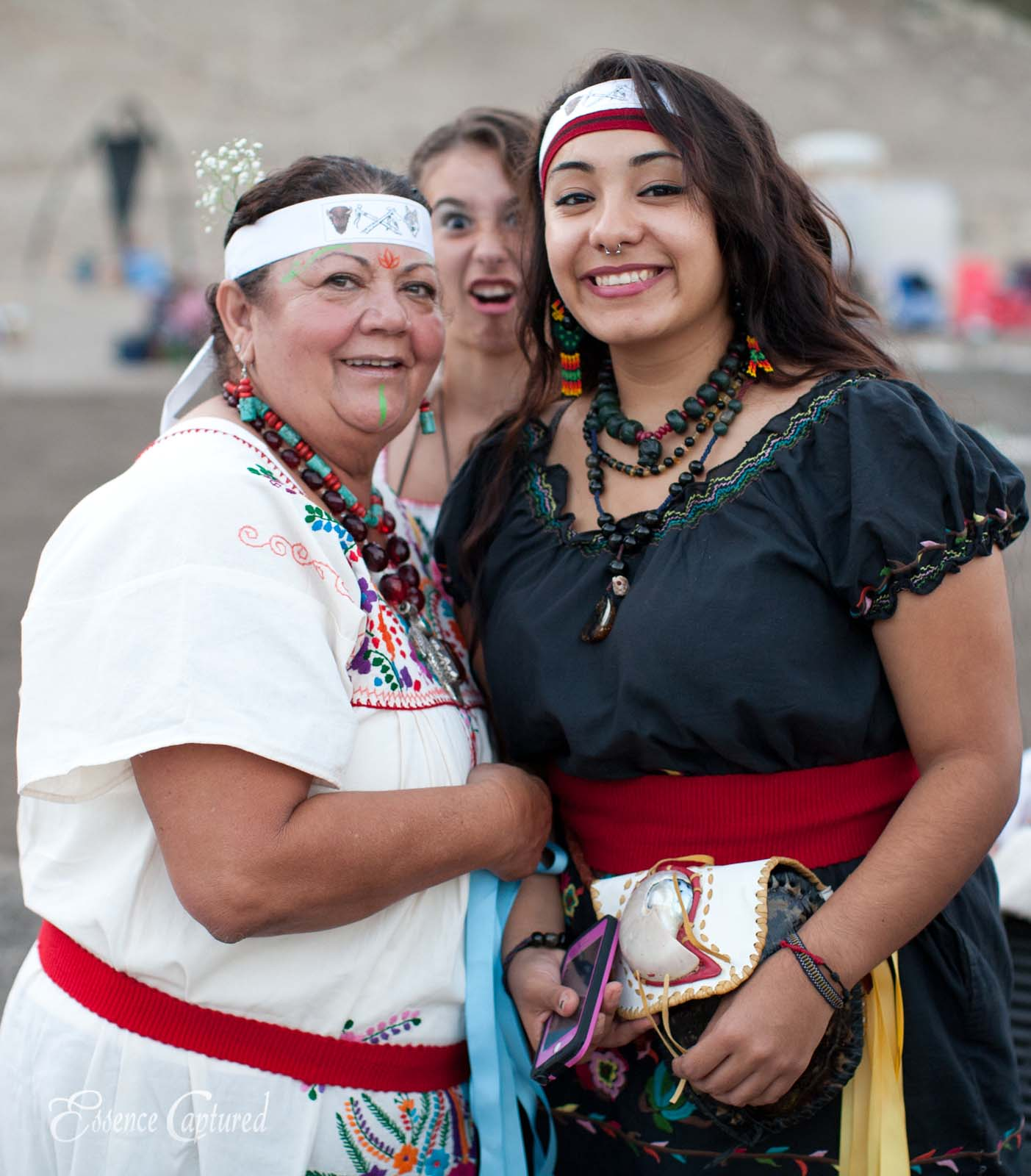 Long Dance 2014 ceremonial dress photo bomb by young girl