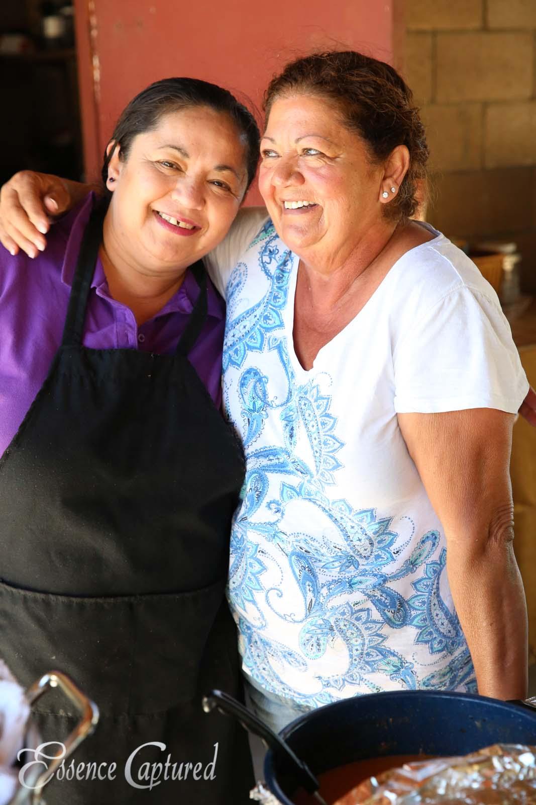 friends in kitchen women cooking
